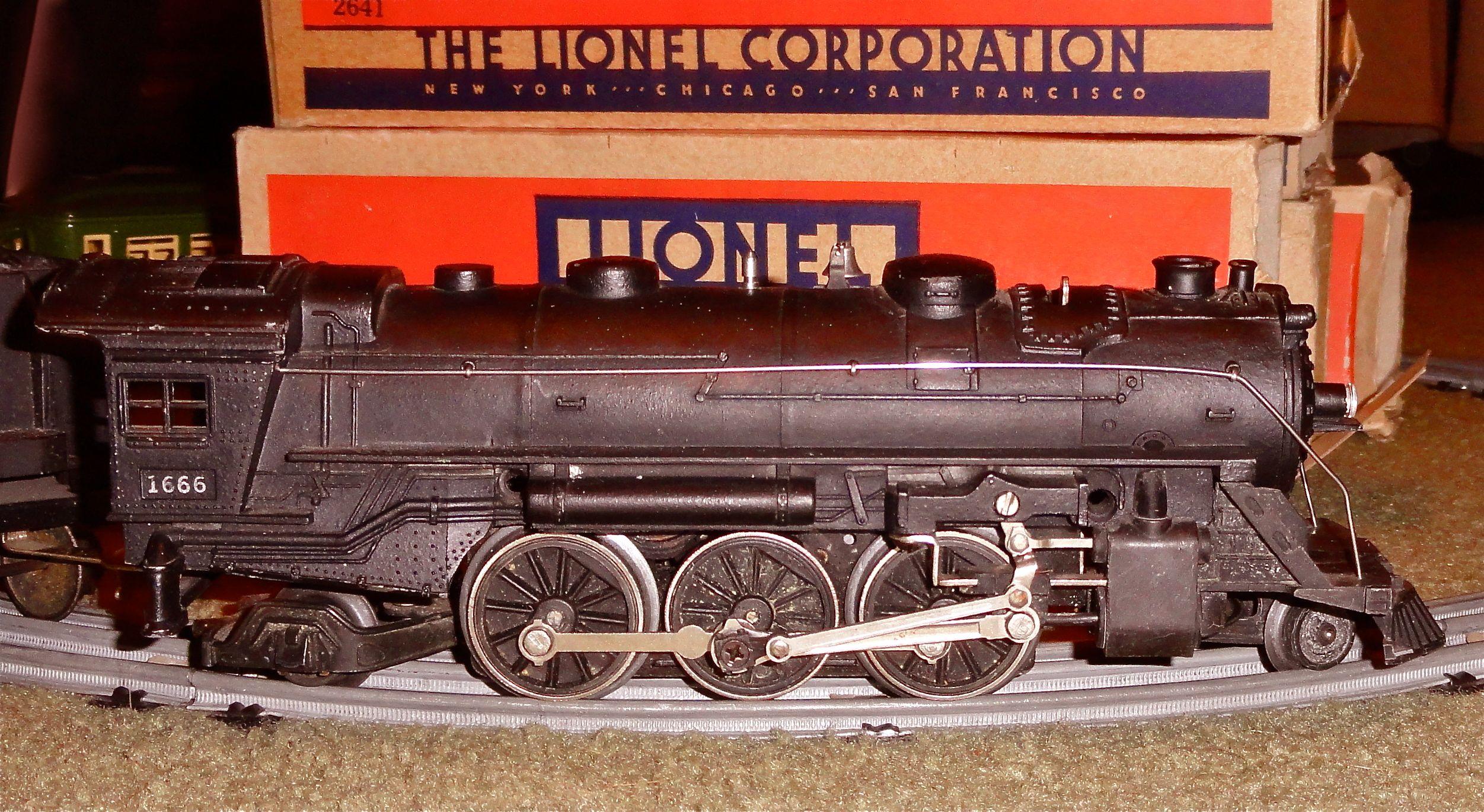 Vintage Lionel Train 45